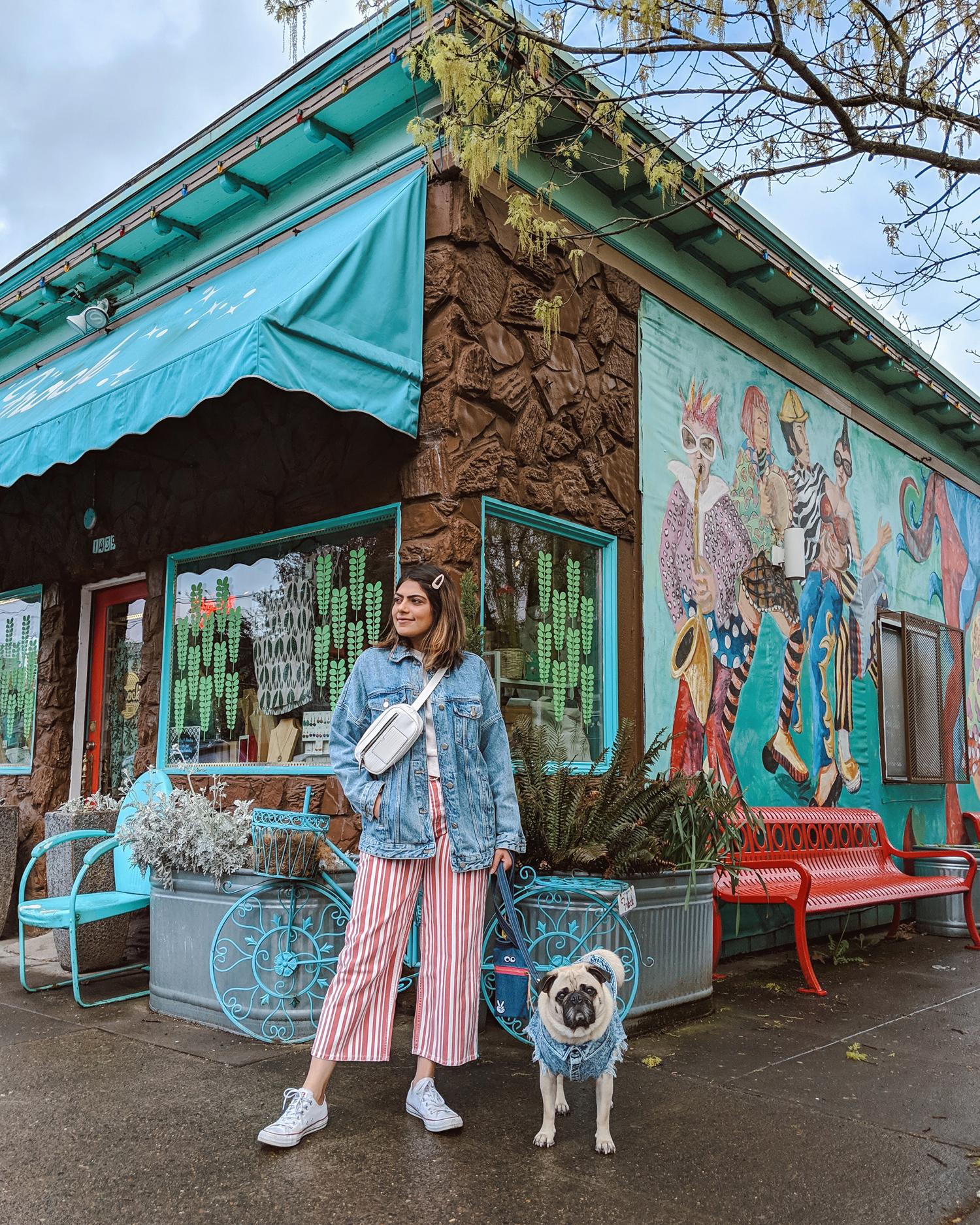 Portland-dogfriendly-travel-travelwithyourdog-woodenshoetulipfestival-2019-dogstraveling-dogblog-pug-dogmomblog-newyorkblog-visitportland3.jpg