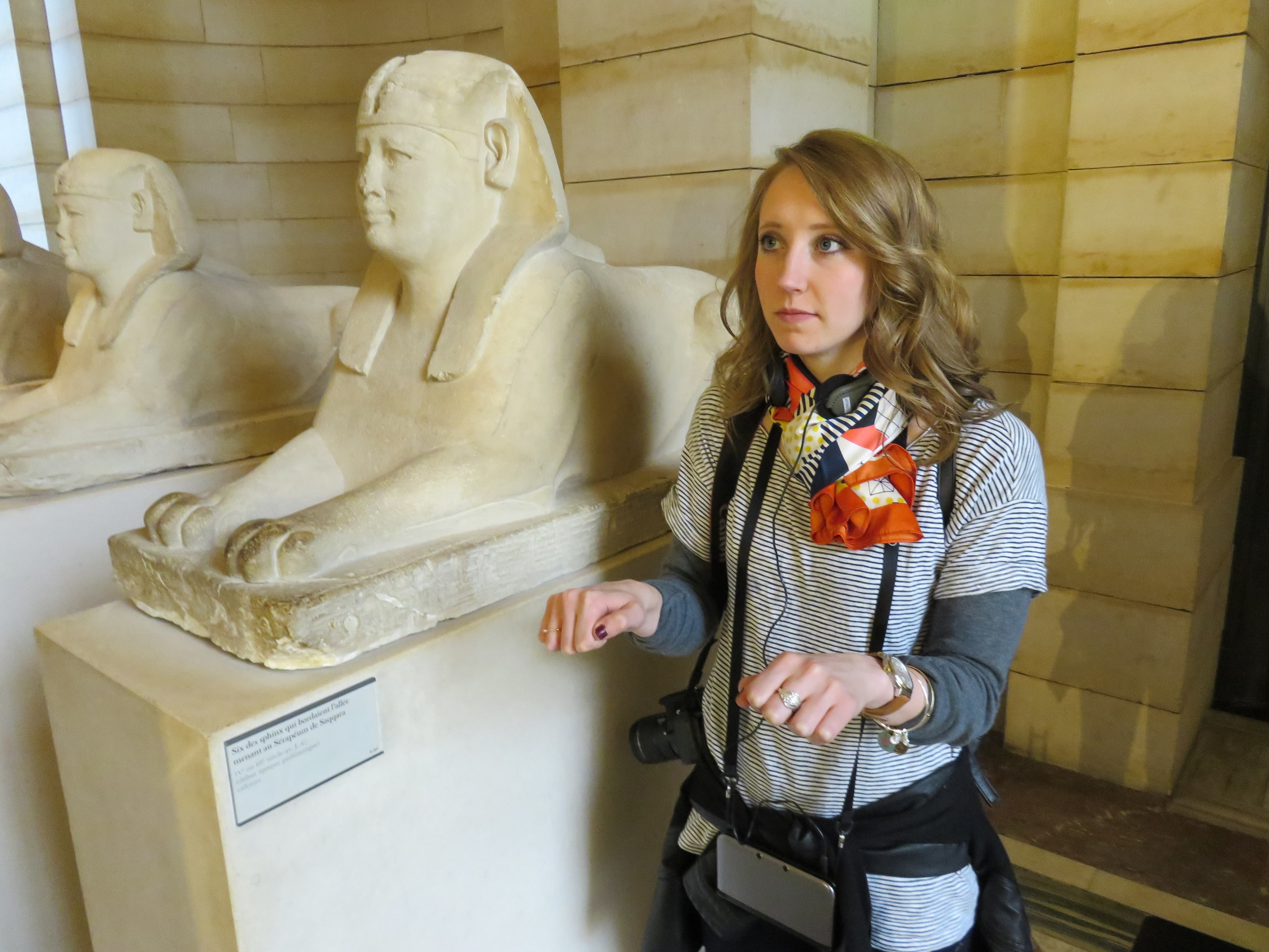 Elizabeth becoming one with the sphinx