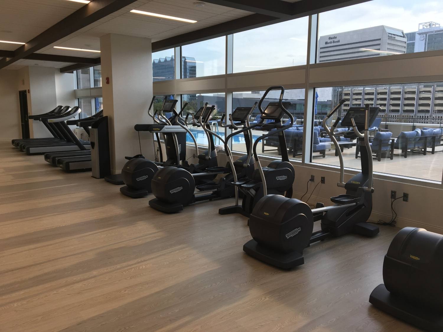 OMAHA MARRIOTT DOWNTOWN AT THE CAPITOL DISTRICT gym