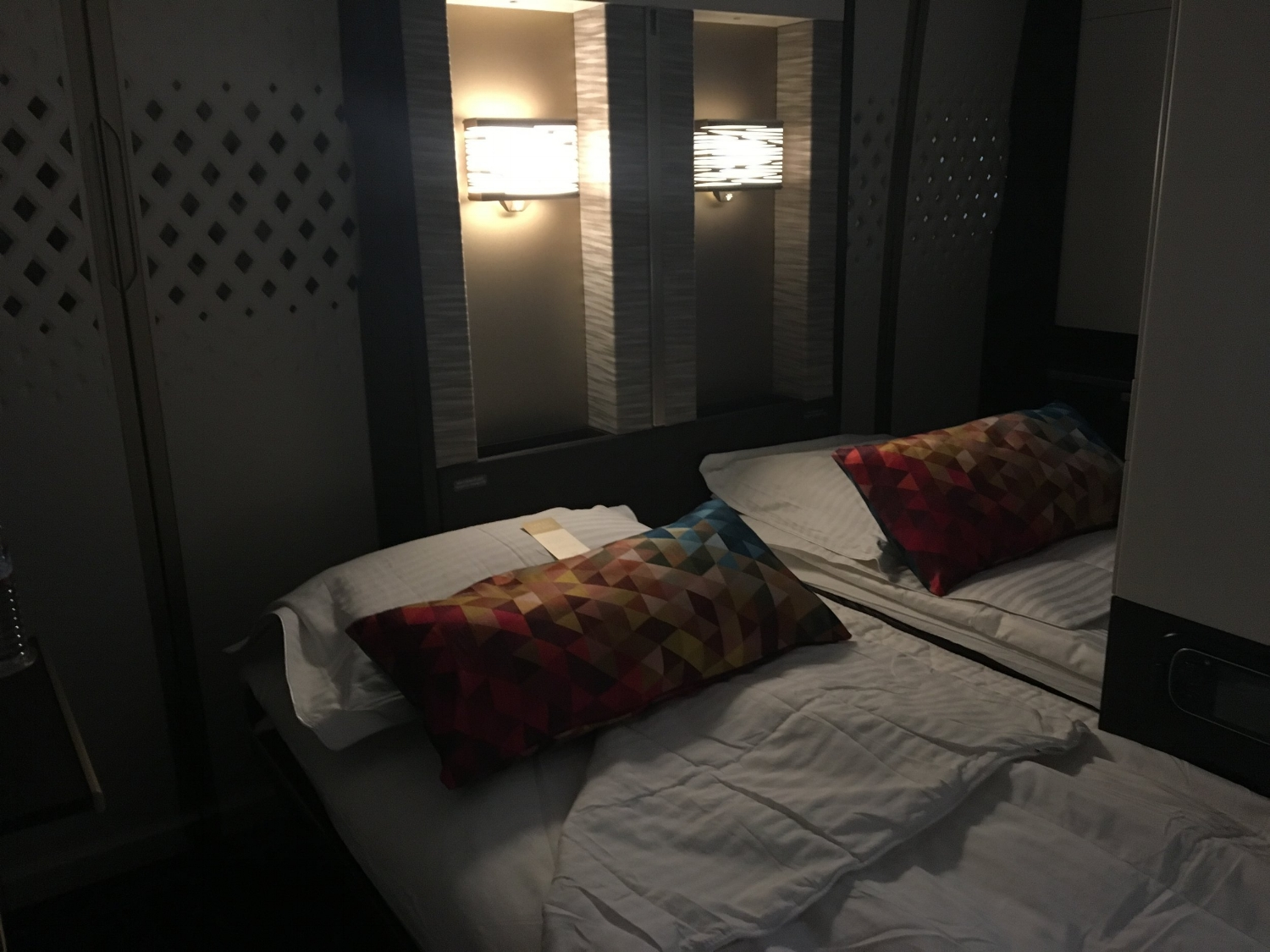 REDEEM AADVATANGE MILES FOR A TICKET IN ETIHAD FIRST CLASS