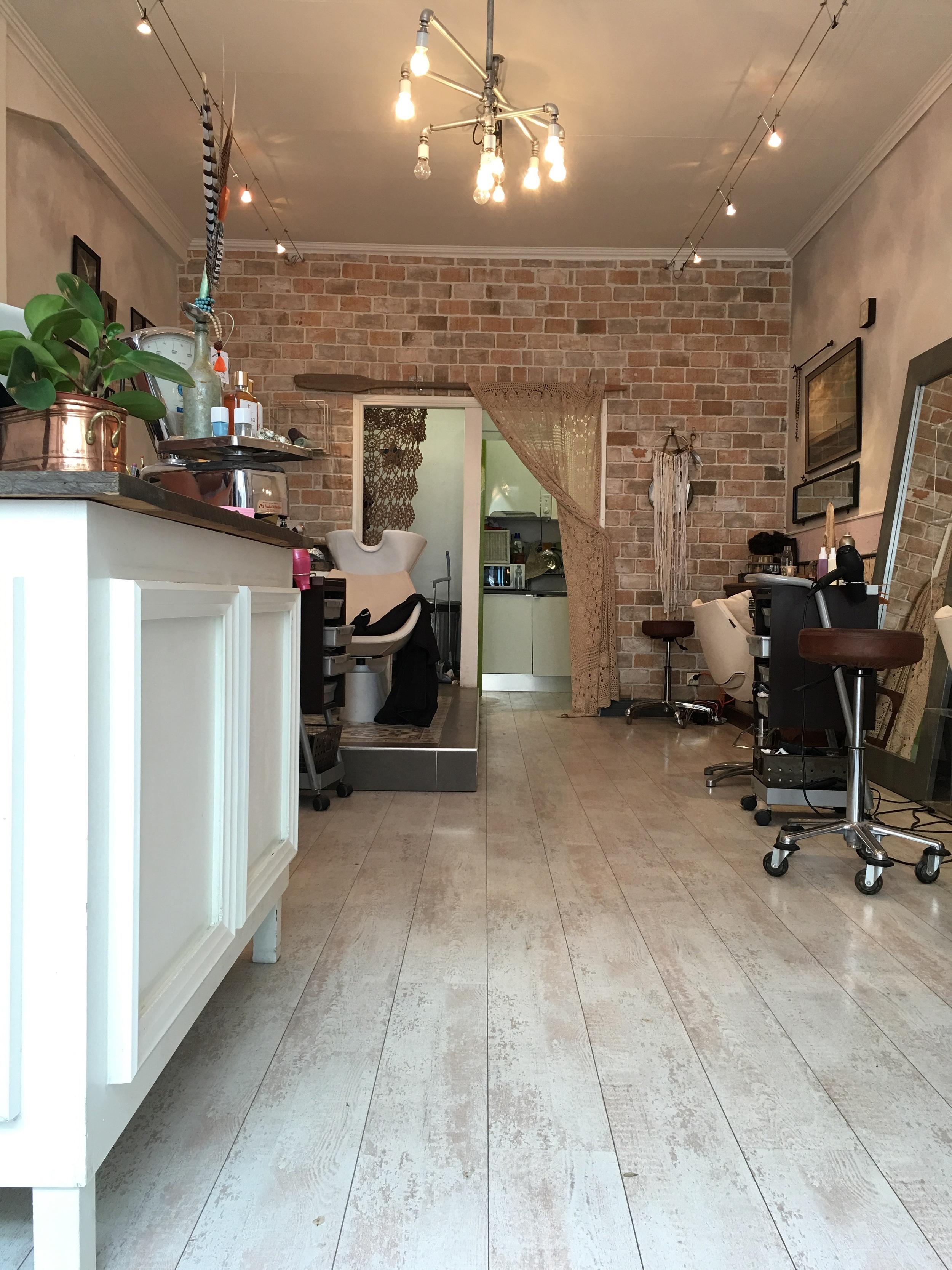 inside pacifica hair salon