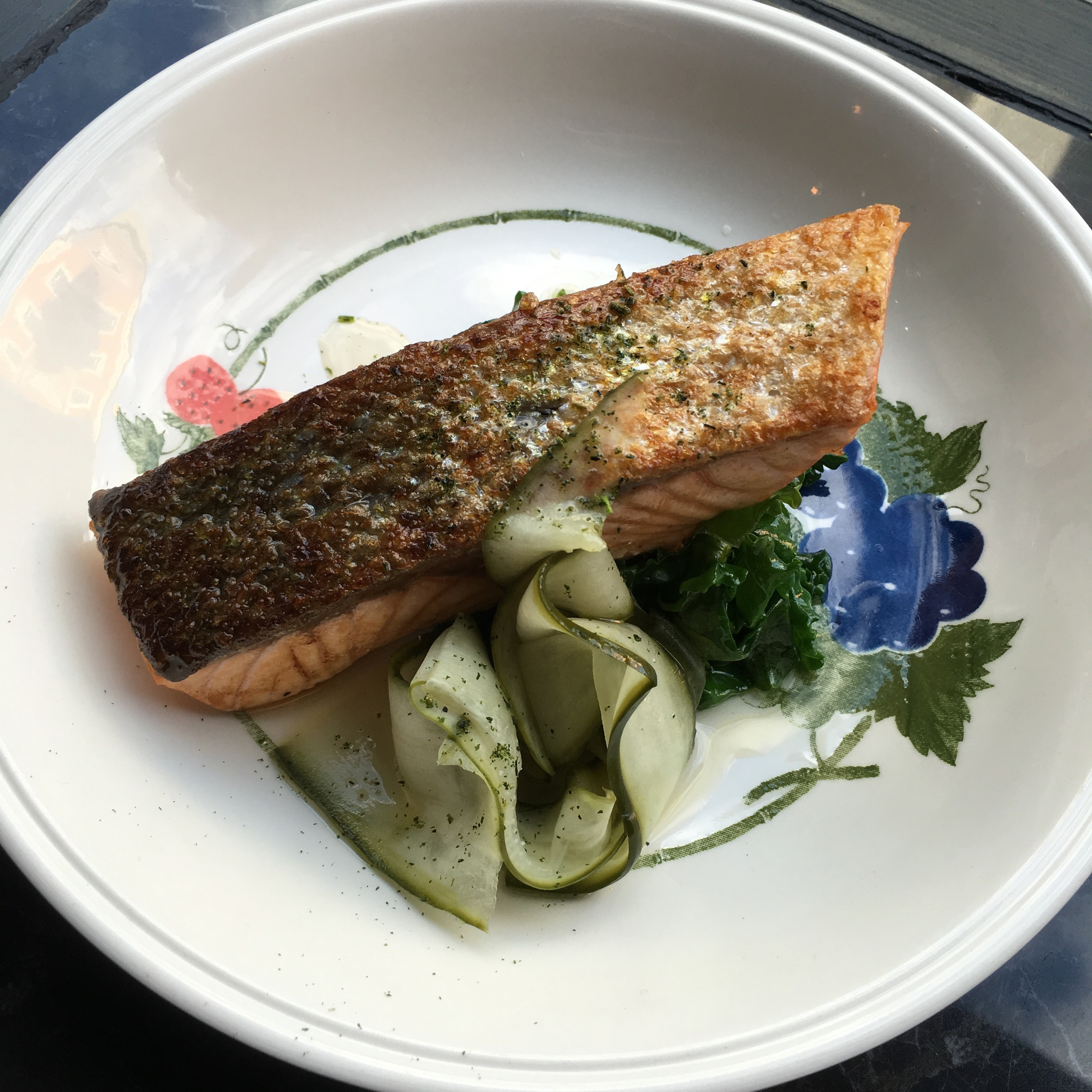 wild salmon, pickled cucmber and sautéed kale at Jor