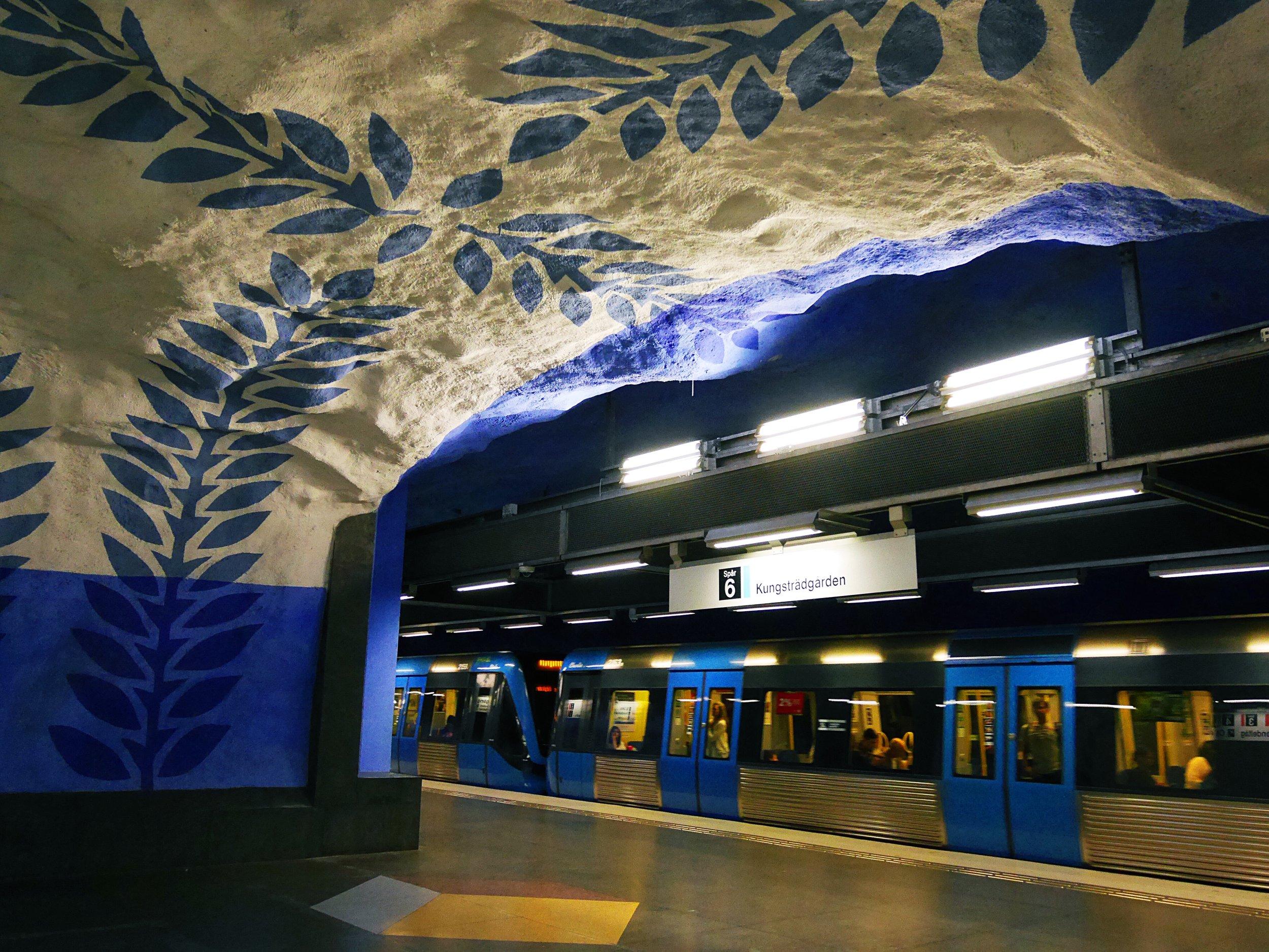 T - Centralen (blue line)