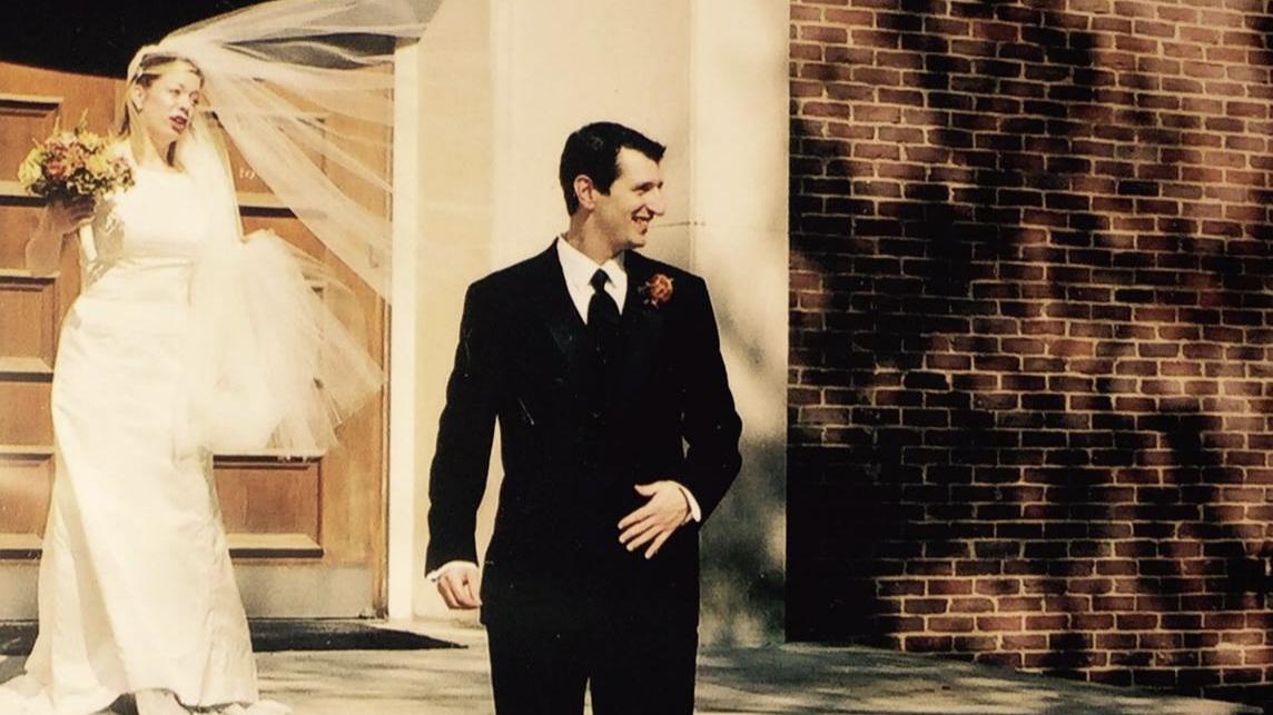 Benton Chapel, Vanderbilt University, 2004. Look, I'm actually married. I know what I'm doing.