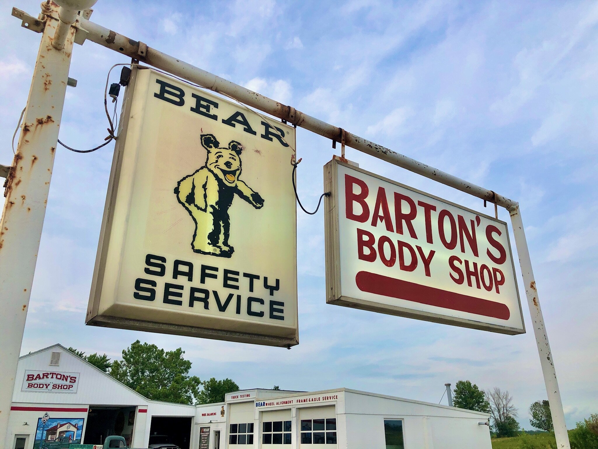 Bartons Body Shop - Contact Us