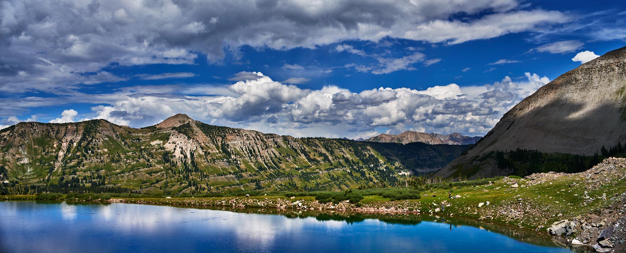 blue lake pano.jpg