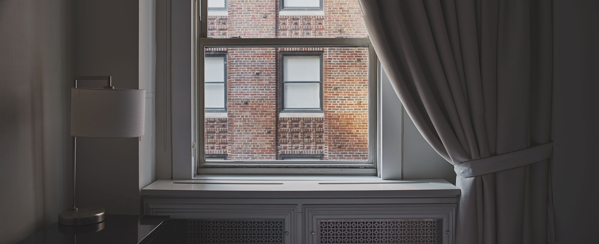 hotel-room-pano.jpg