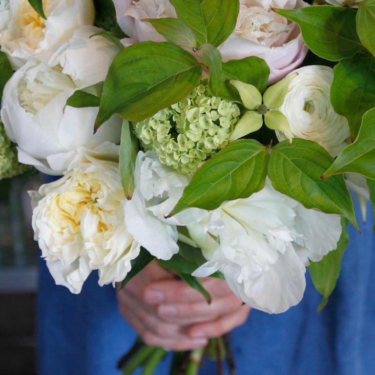 hilary horvath flowers