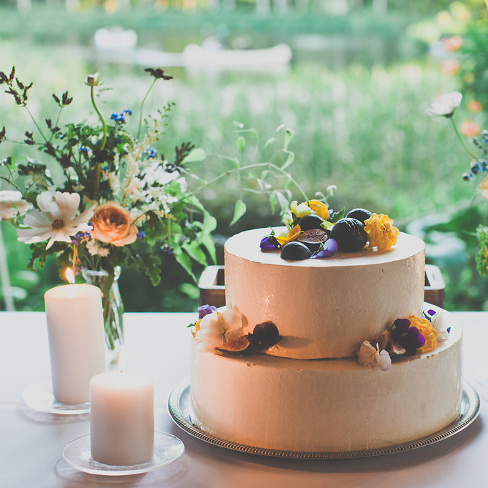 hilary_horvath_cake_flowers