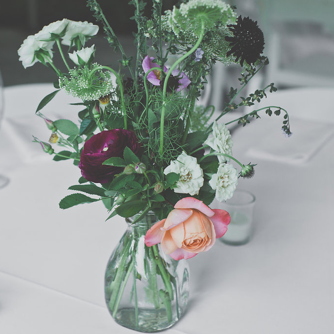 hilary_horvath_wedding_centerpiece_2