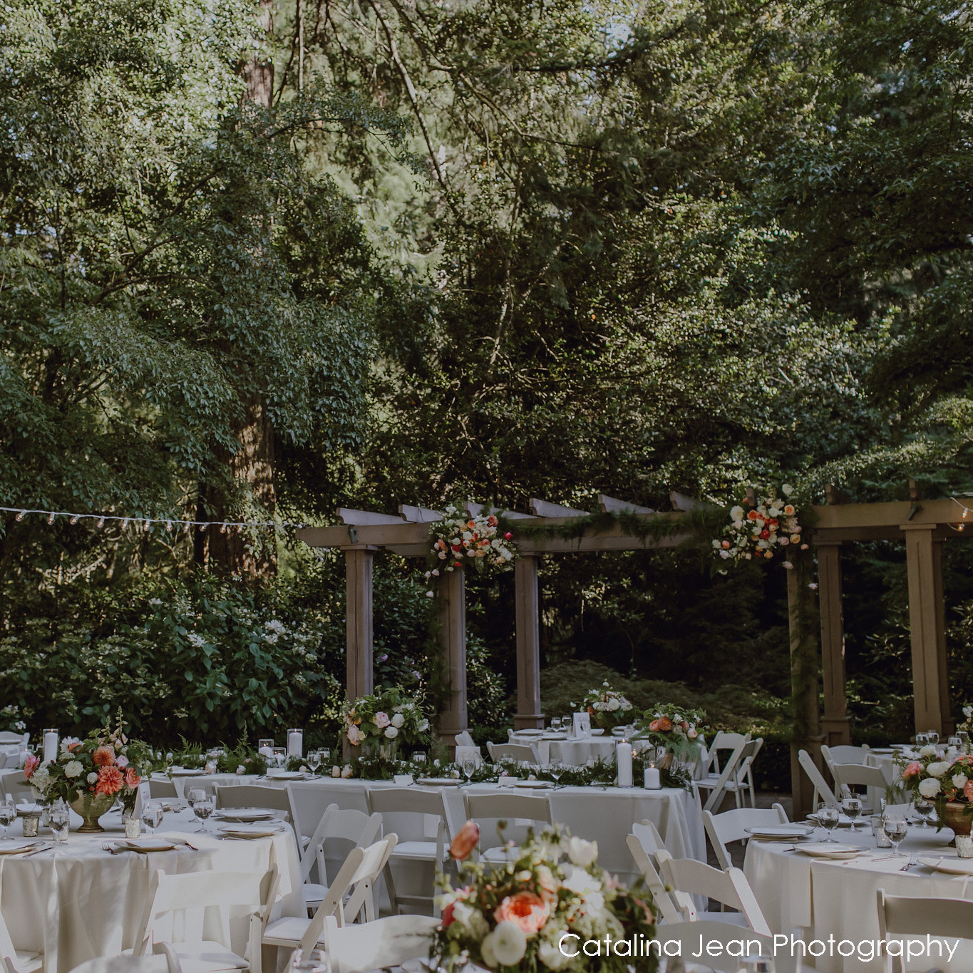 leach_garden_wedding_hilary_horvath_flowers.jpg