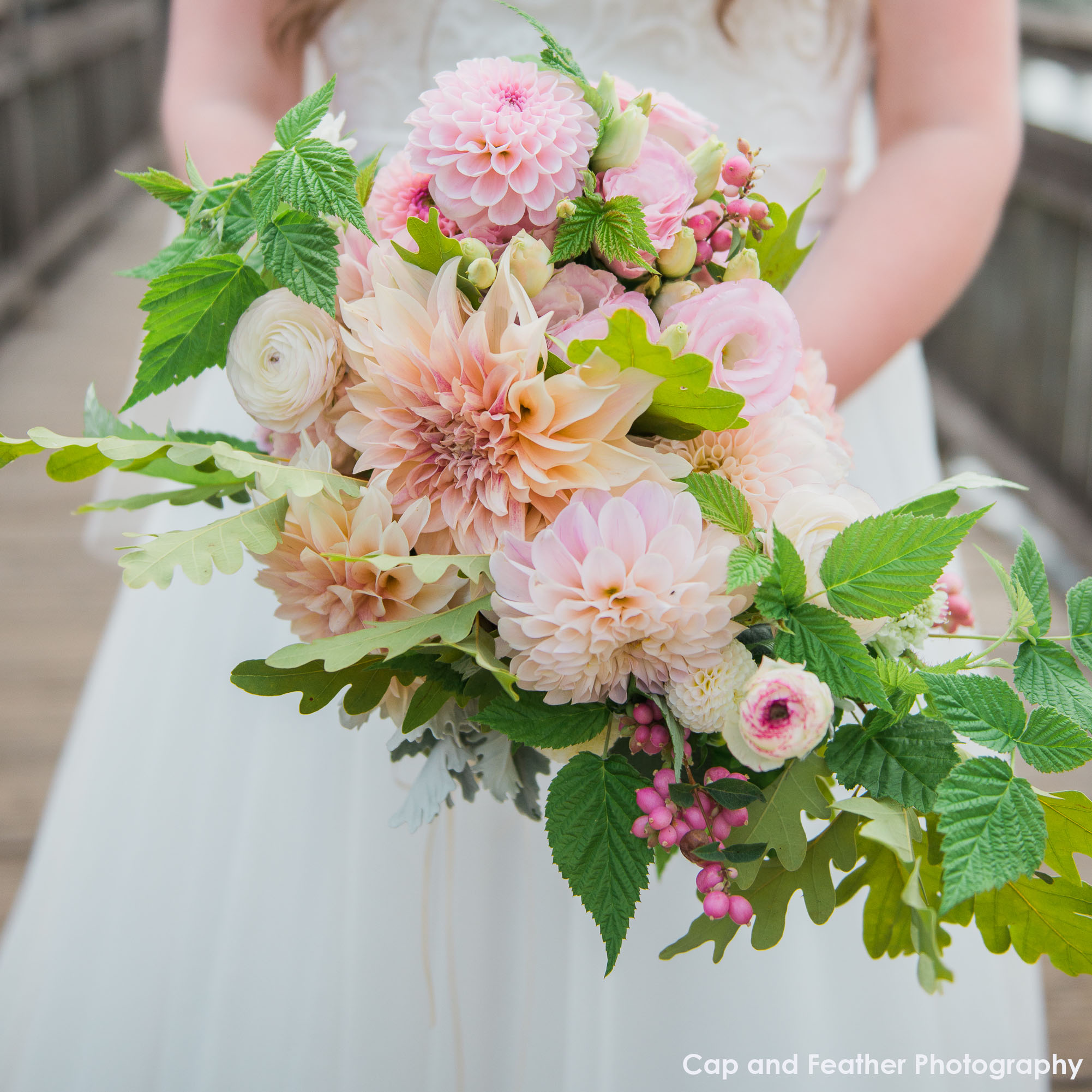 pink bridesmaid bouquet.jpg