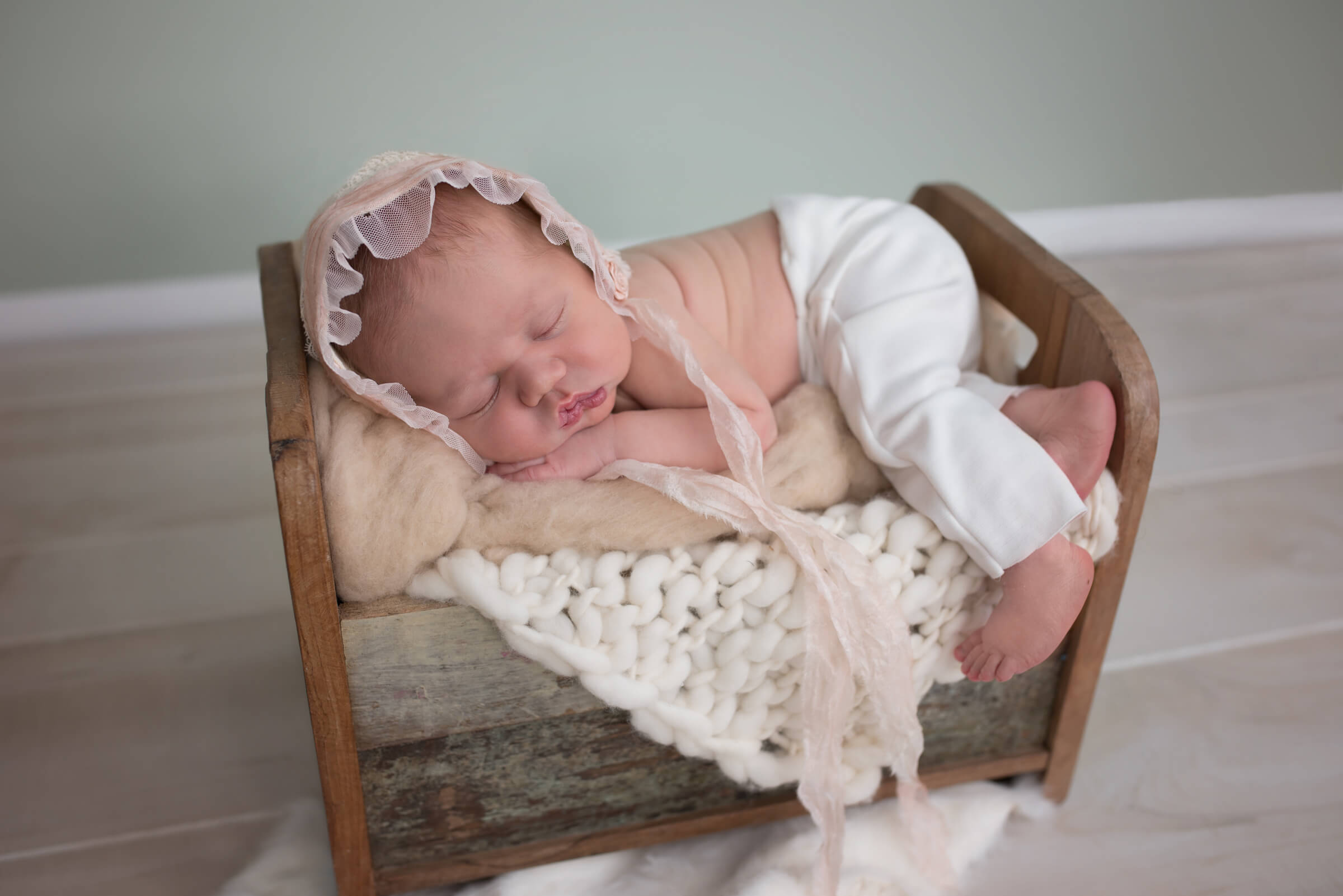 best new born photographer, Frederick MD and Hagerstown MD