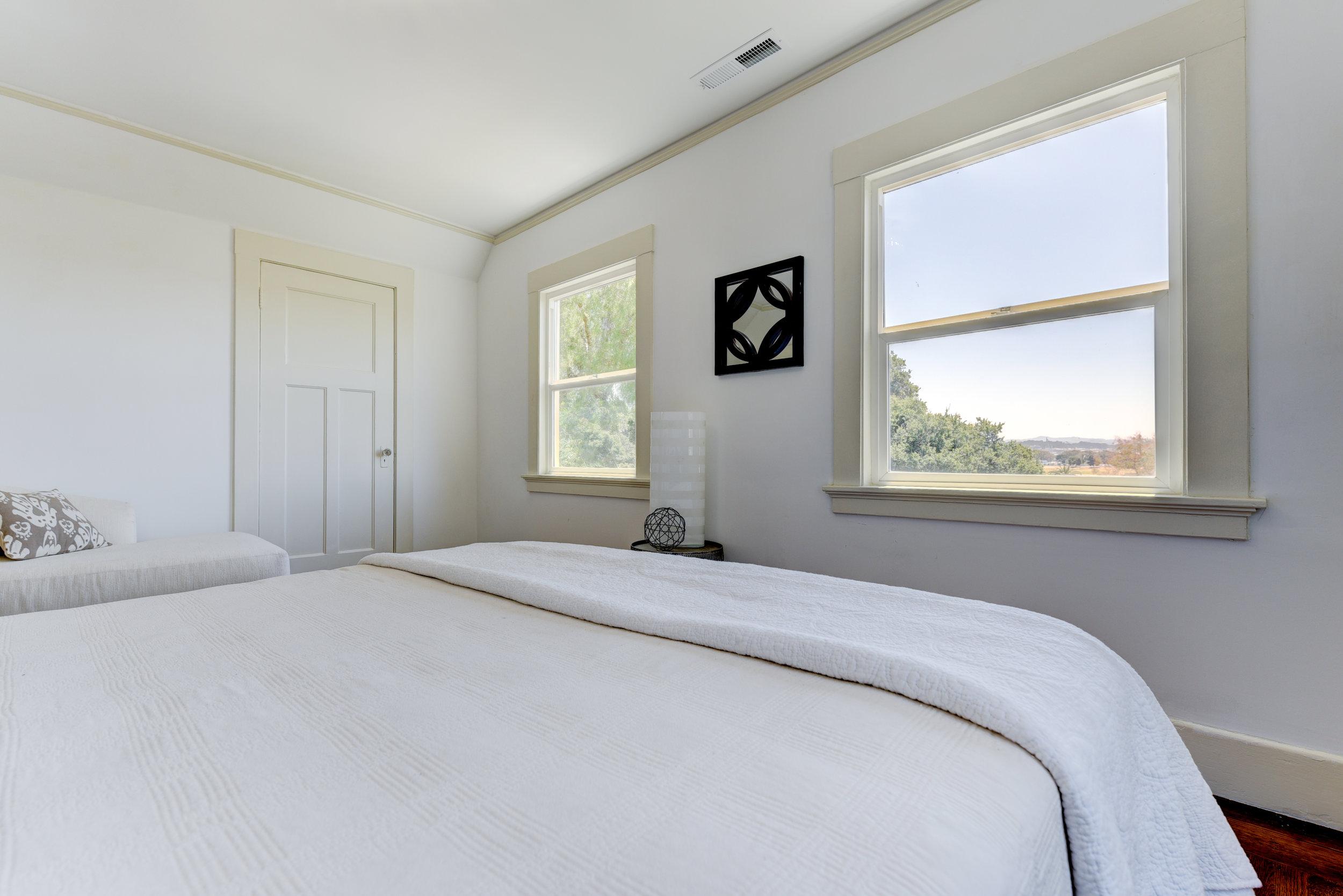 New front bedroom 3.jpg