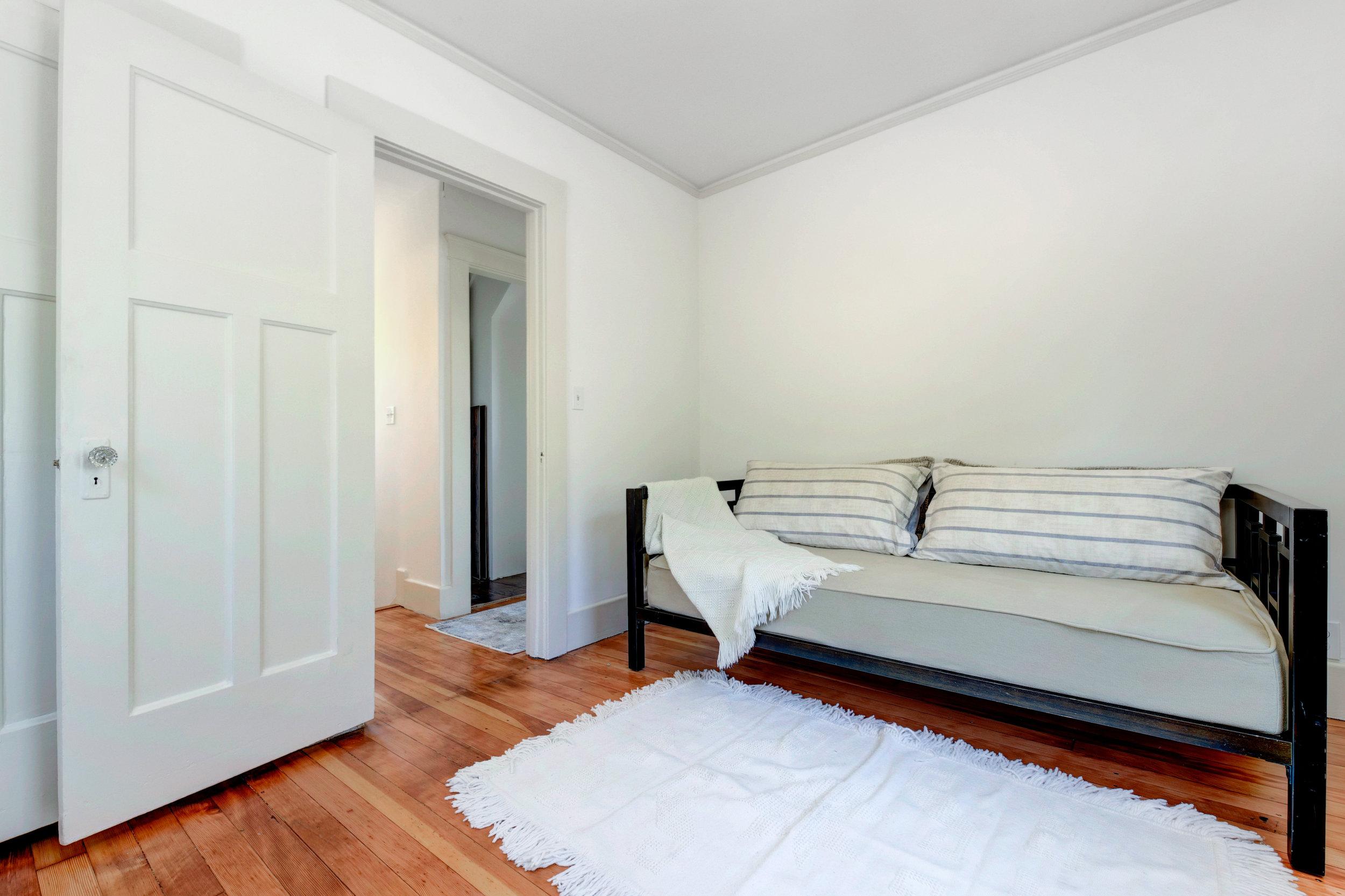 New back bedroom 3.jpg