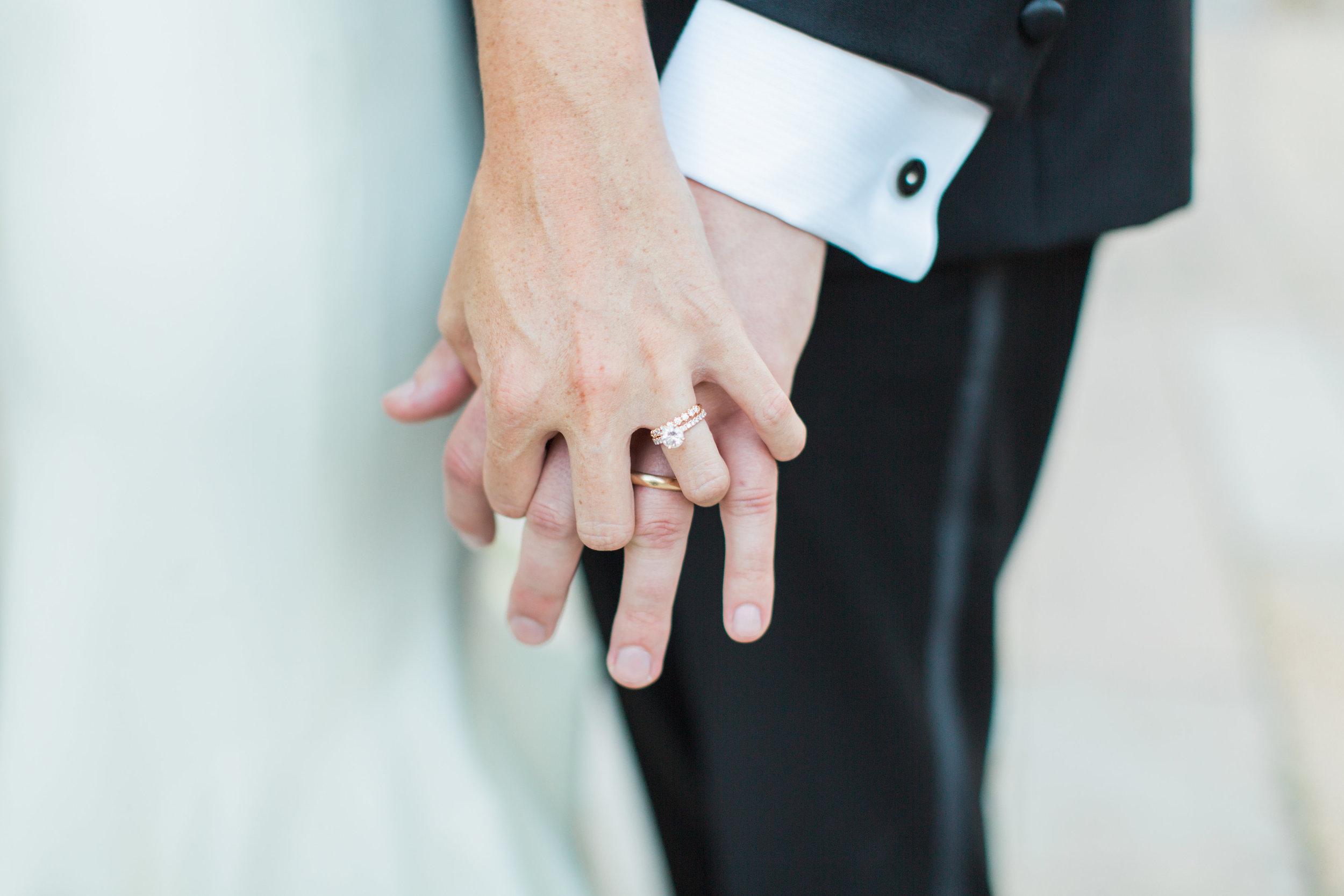 Bride and Groom-0351.jpg