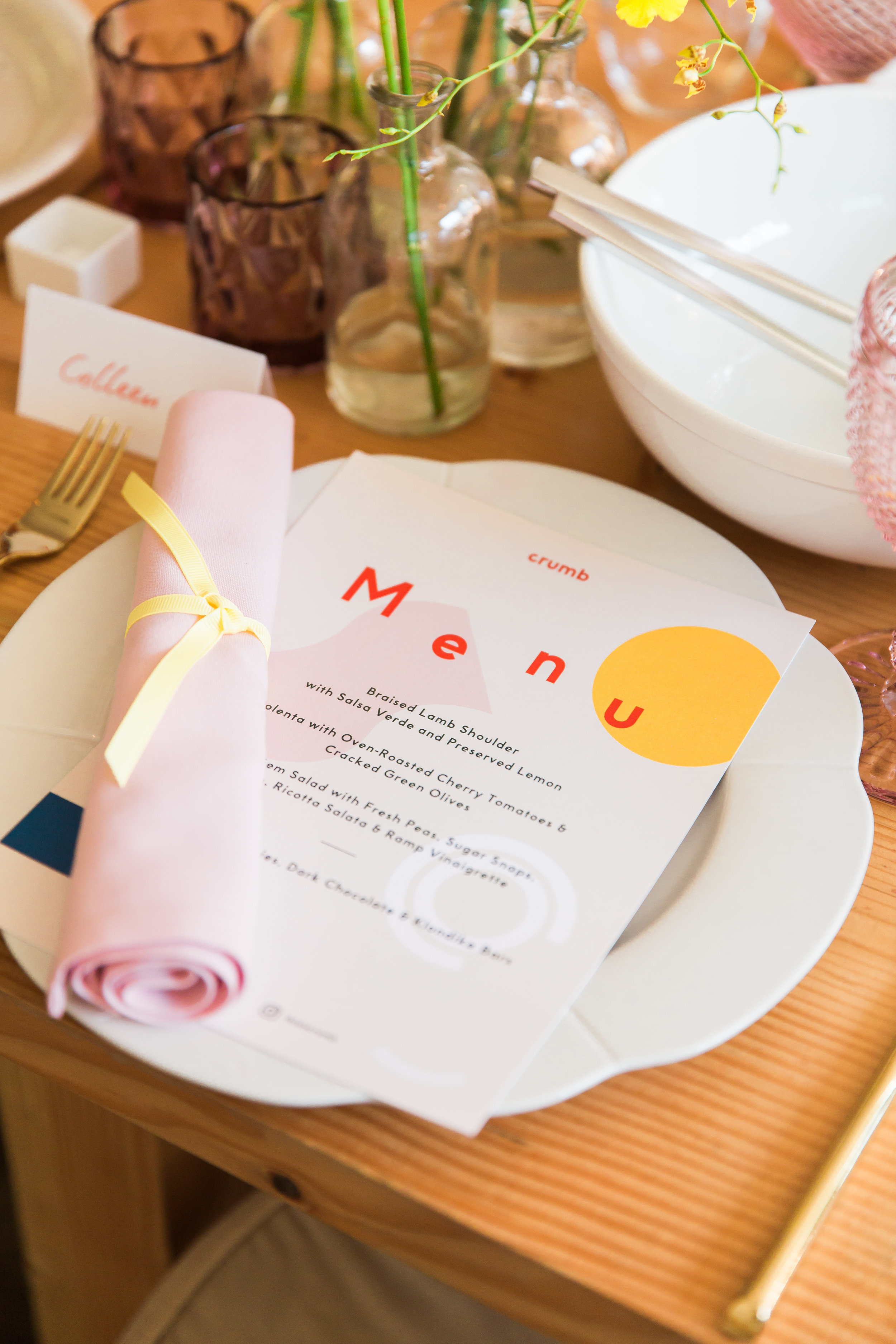 Tablesetting by Dancing & Dessert