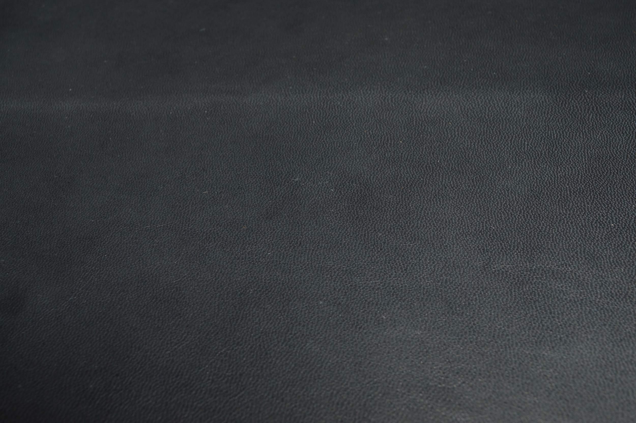 blackblack.jpg