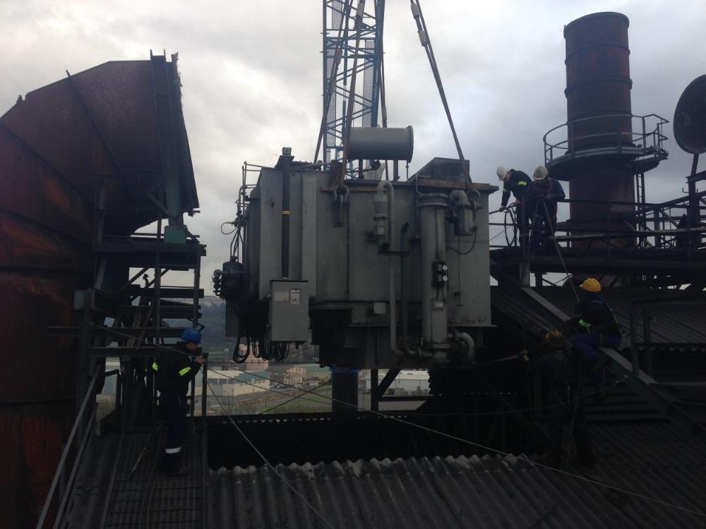 Sustitución de transformadores ( Ferroatlántica Sabón)