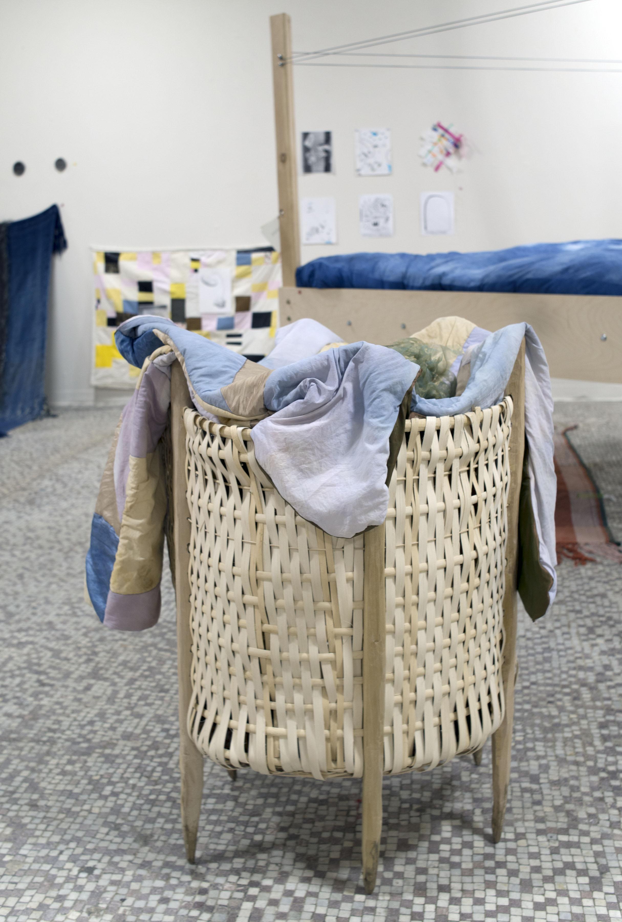 the librian's coat    bb basket