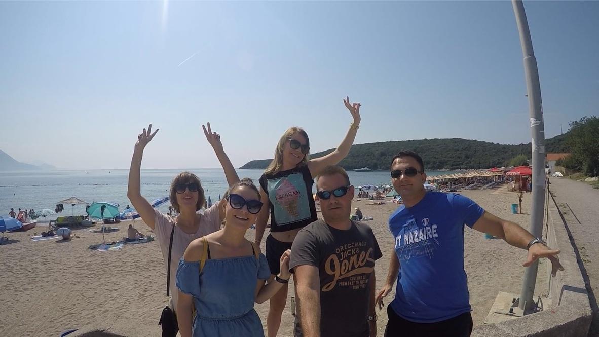 Party in the sun at Jaz beach