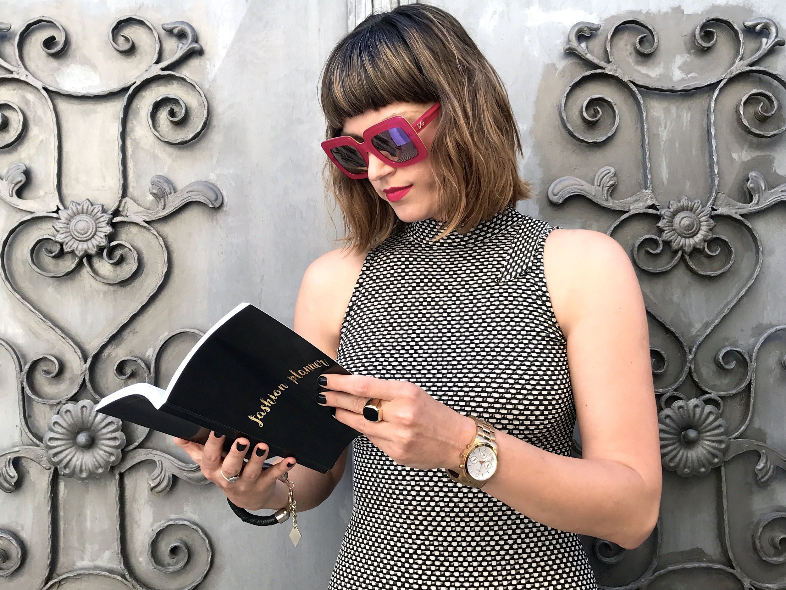 Little Black Book of Fashion Goodies called - FASHION PLANNER