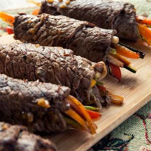 Balsamic Steak Rolls.png