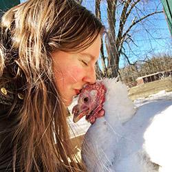 catskill-animal-sanctuary-turkey-kiss.jpg
