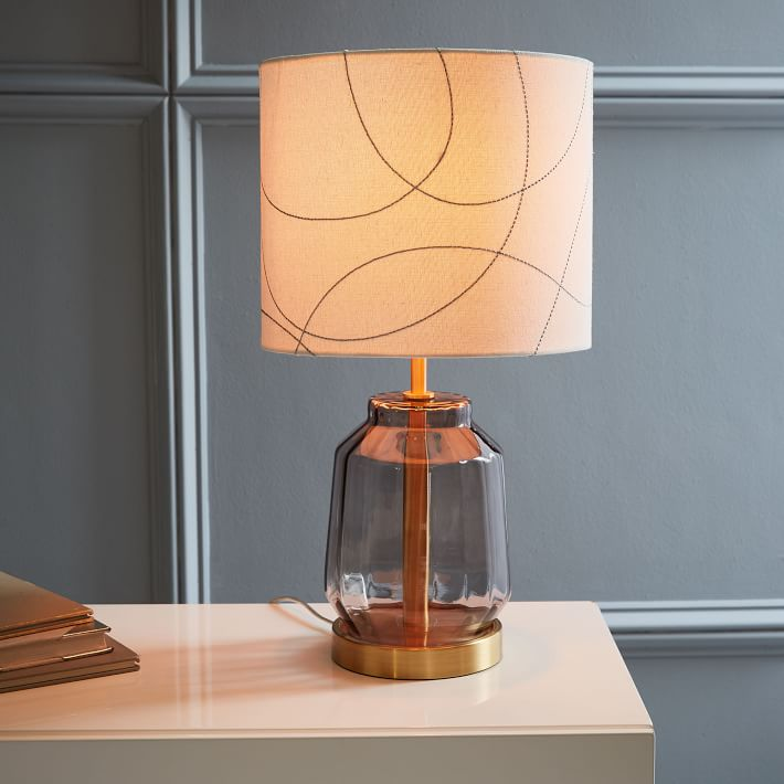 RR faceted-glass-table-lamp-small-smoke-pattern-1-o.jpg