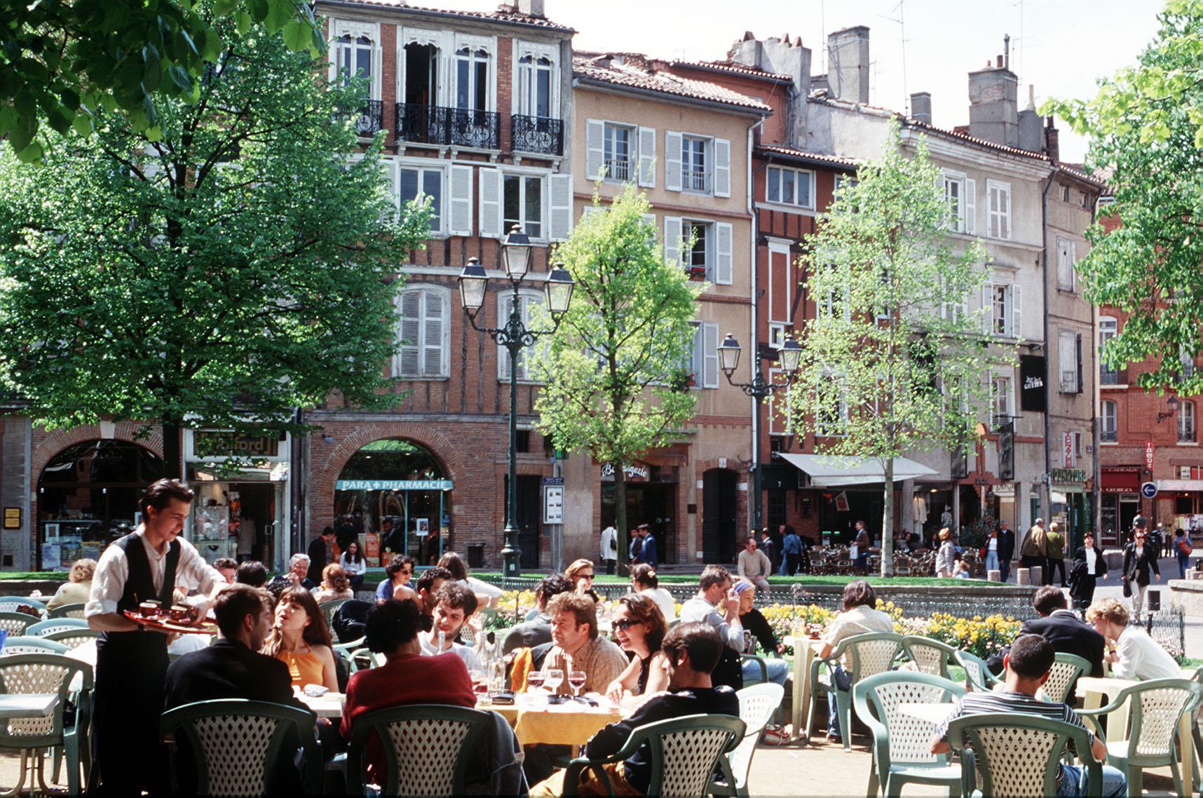 Saint Georges Place, Toulouse (image via  ICASSP )