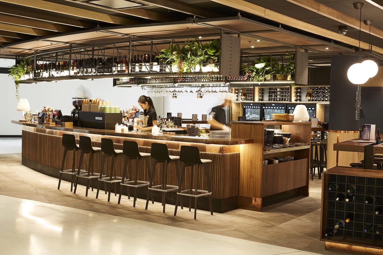 Sydney-Airport-T1-Heinemann-Tax-Duty-Free-Bridge-Bar.jpg