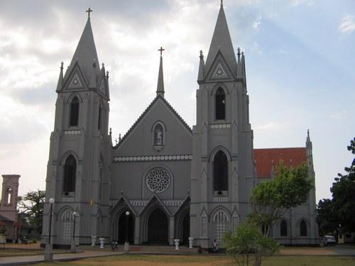 Negombo st sebastians church.jpg