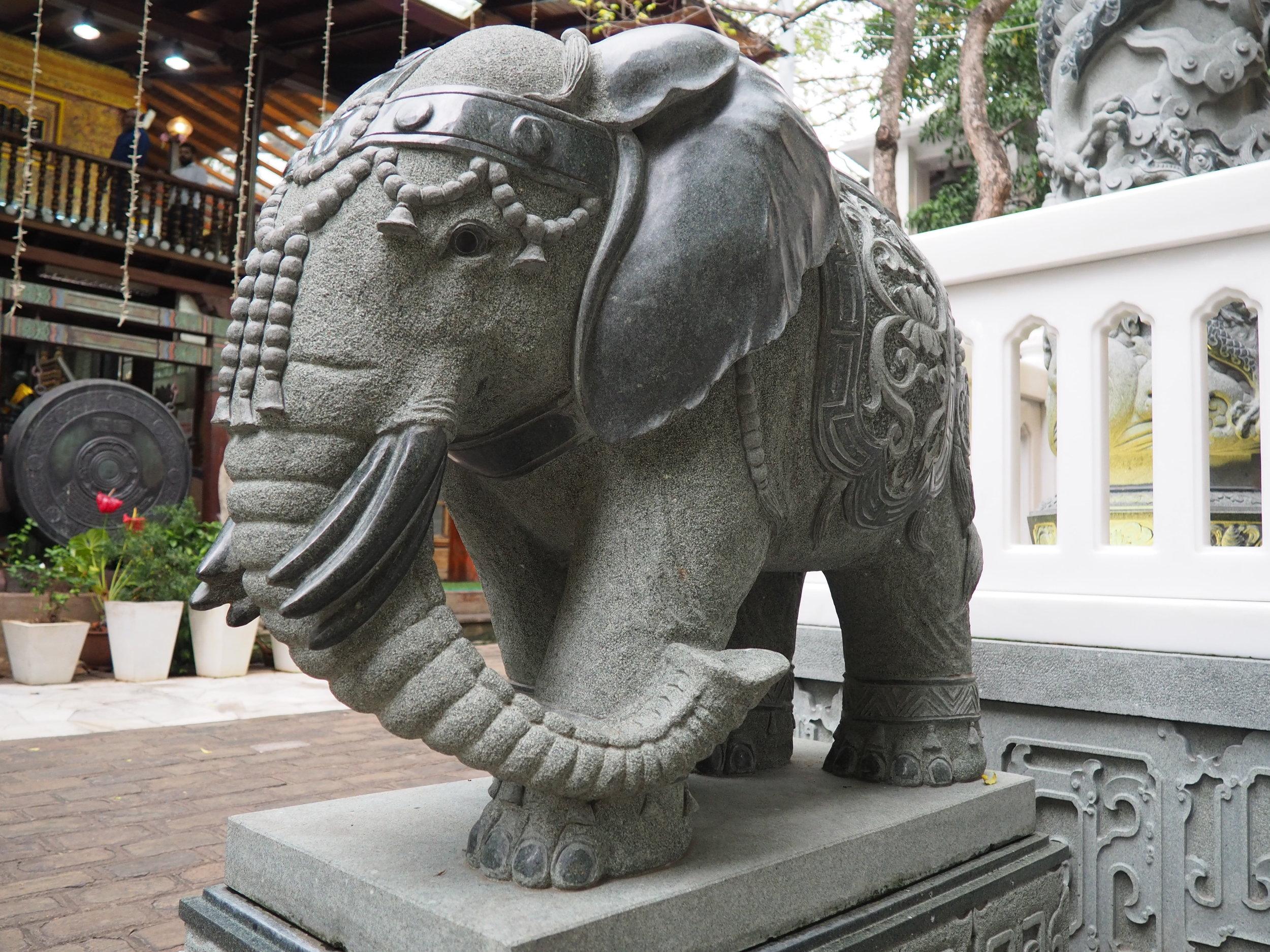 Gangaramaya elephant.JPG