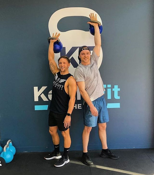 @inflight_fitness came into Kettlefit for his first ever session. I put him through his paces but this man is a machine and smashed it. Pretty sure I've got him hooked. I was impressed with your effort mate! Looking forward to the next one  #kettlefit #kettlefitwindsor #inflightfitness #training #kettlebells #matesthattraintogether #work #workout #swingby
