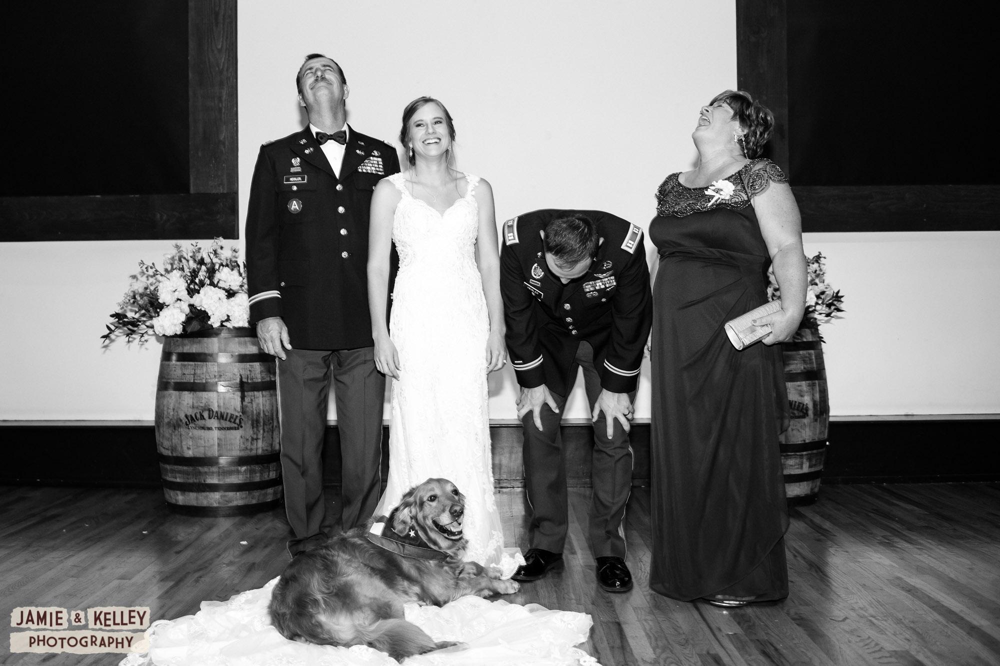 15_LindsayAndJohn_WeddingTeasers.jpg