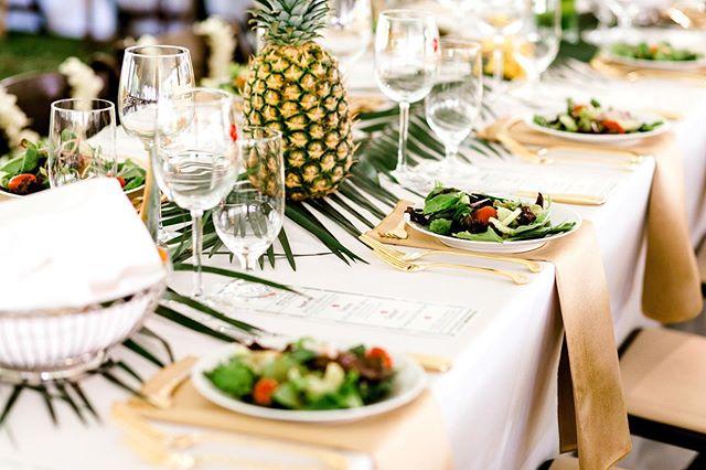 2019 Catkins Ball in San Saba, Texas . . . #alohasansaba #catkinsball #visitsansaba #sansabatx #Texashillcountry #Texas #fundraiser #catkins2019 #fundraising #texashistorical #revitalization #aloha #corporateeventstyling #tablescapes #pineapple #banquet #eventphotography #corporateevents