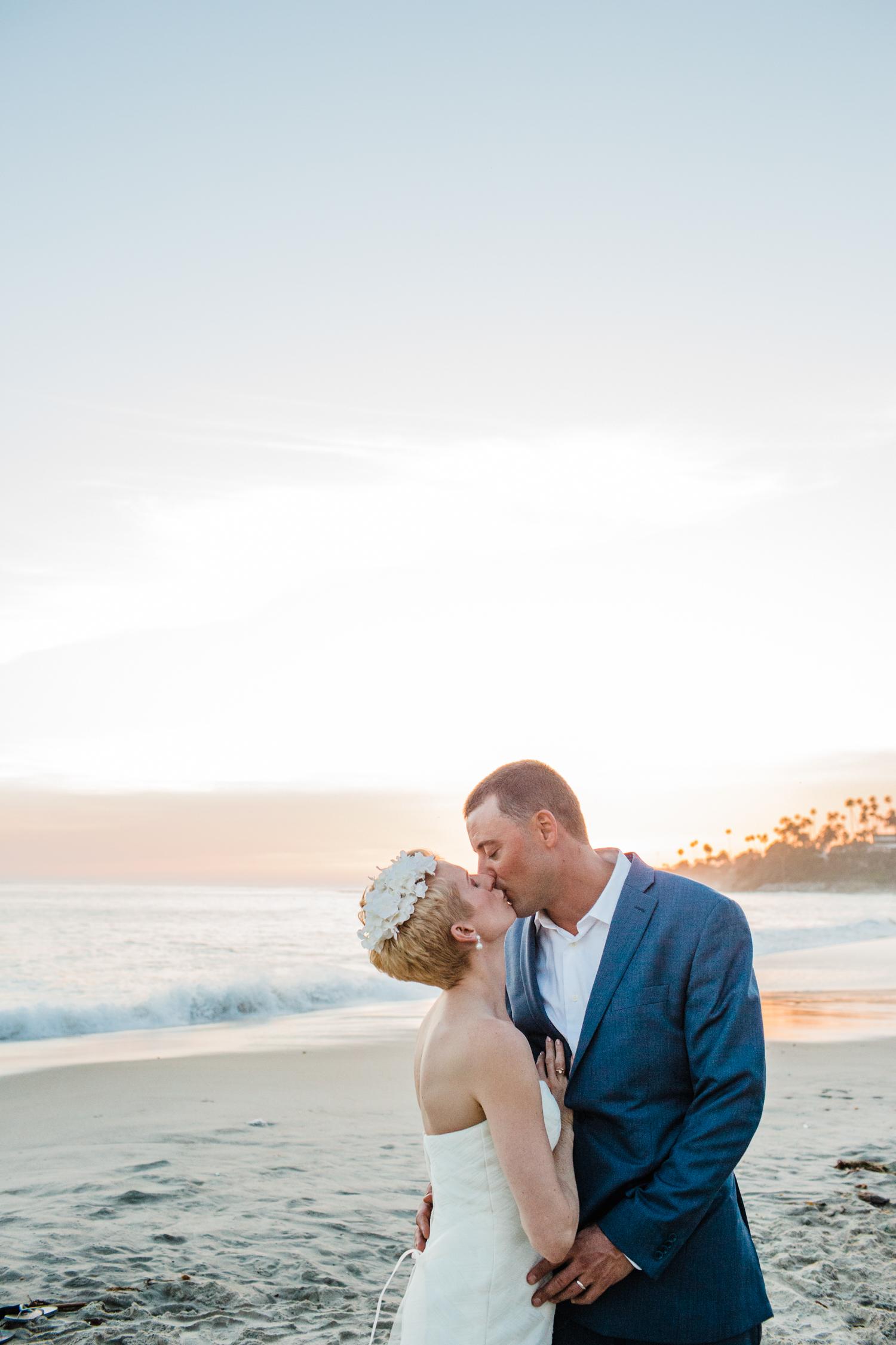 casey-brodley-lake-michigan-wedding-photographers.jpg