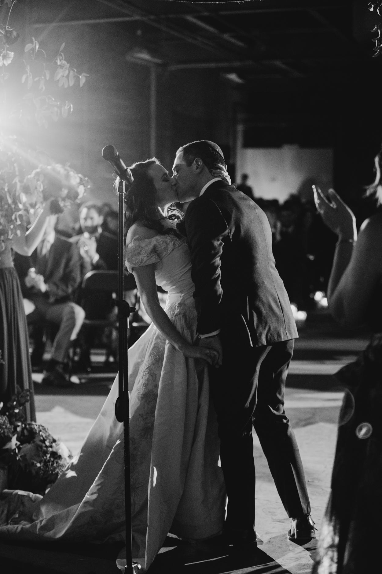 casey-brodley-detroit-michigan-wedding-photo-video-25.jpg