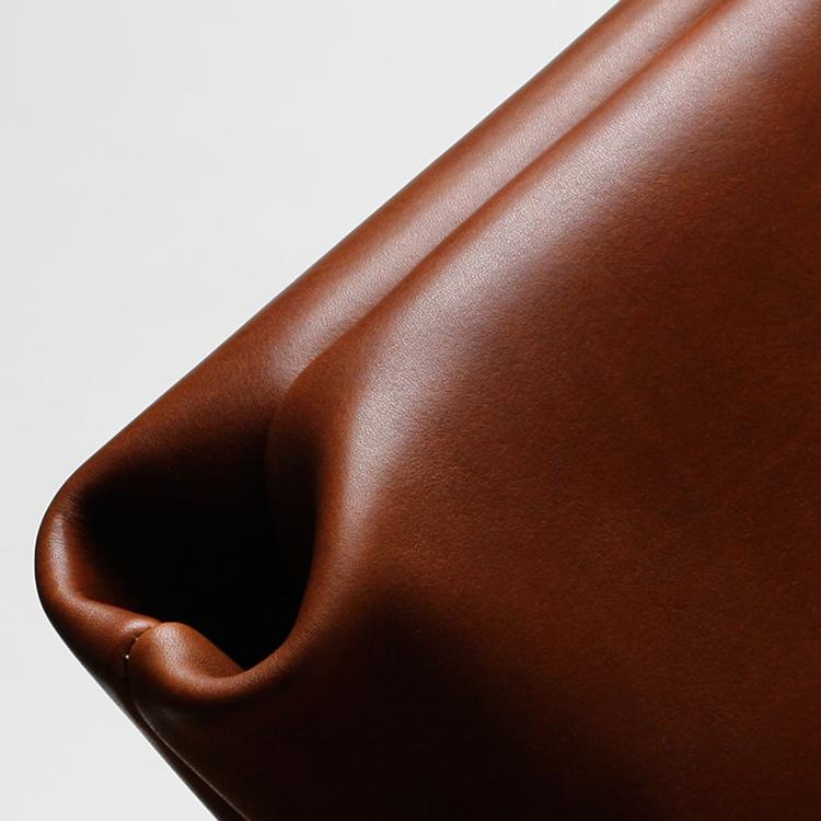 paterson_salisbury_small_tote_bag_leather_1_detail_jm.jpg