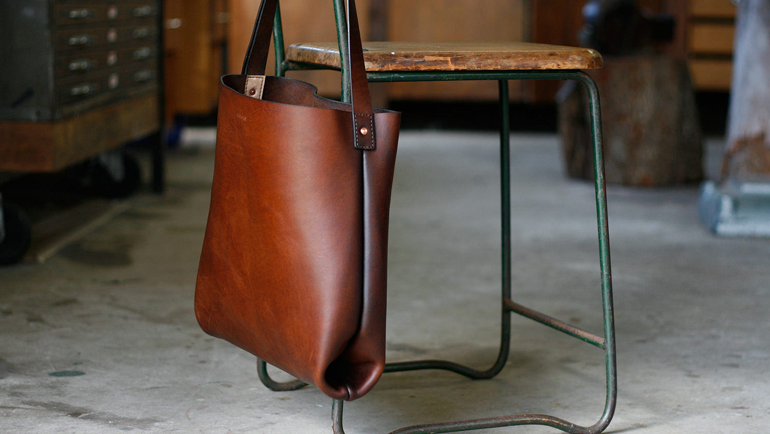 paterson_salisbury_about_small_leather_tote_.jpg