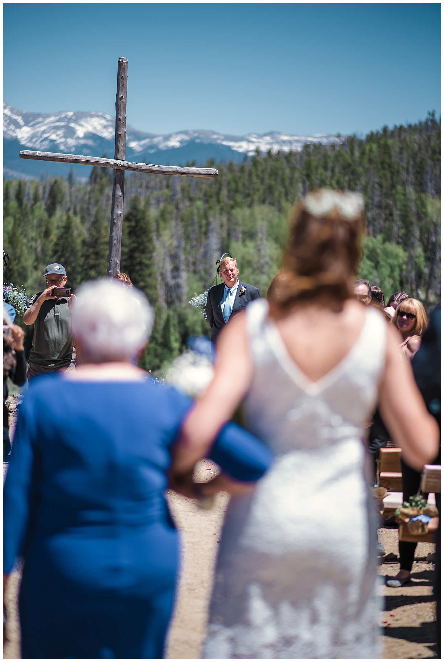 Blue Wedding, Blue and White Flowers, YMCA Snow Mountain Wedding, Rocky Mountain Wedding Photographer, Colorado Wedding Photographer, Colorado Elopement Photographer, Denver Wedding Photographer