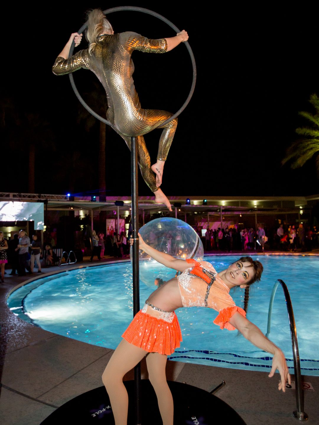 Arizona Circus School at Cocktail Carnival at Hotel Valley Ho - Photo by Melissa Fossum