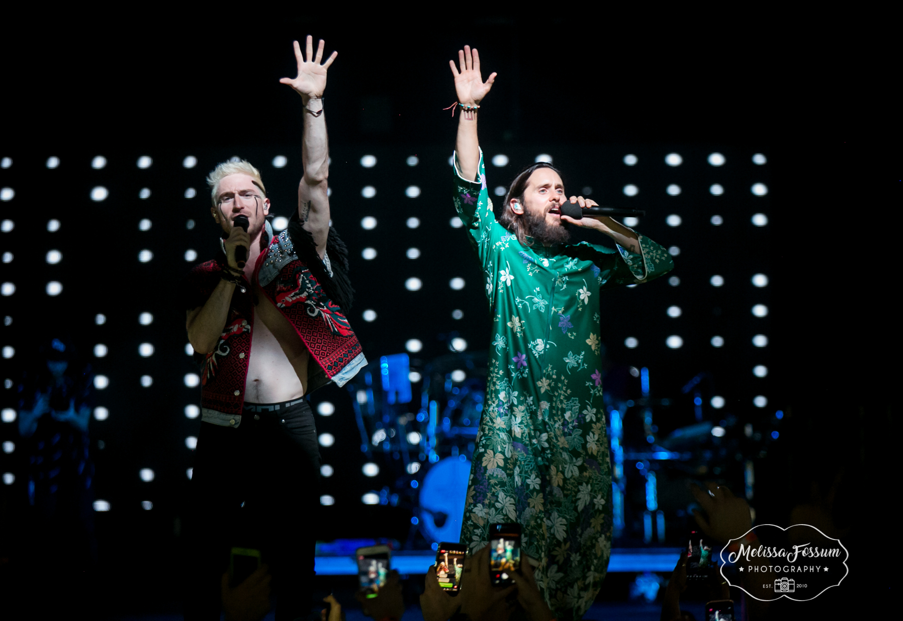 Jared Leto brings Walk The Moon's Nicholas Petricca on stage.