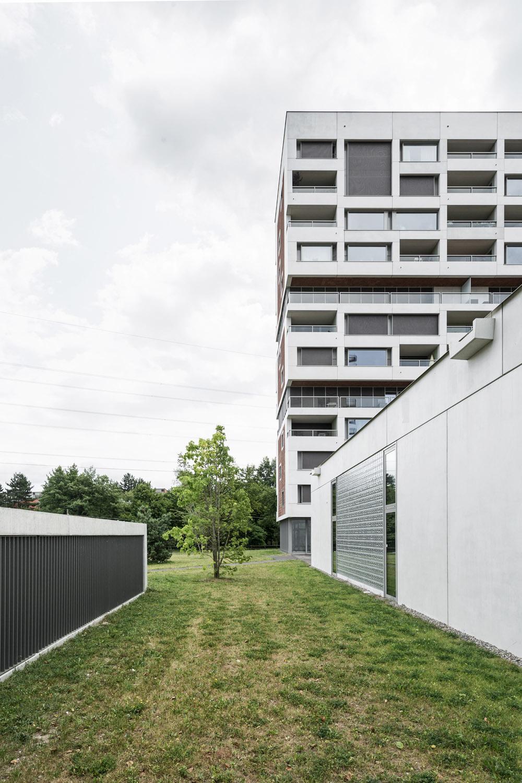 Boltshauser_Architekten_Hirzenbach_ZH_008.jpg
