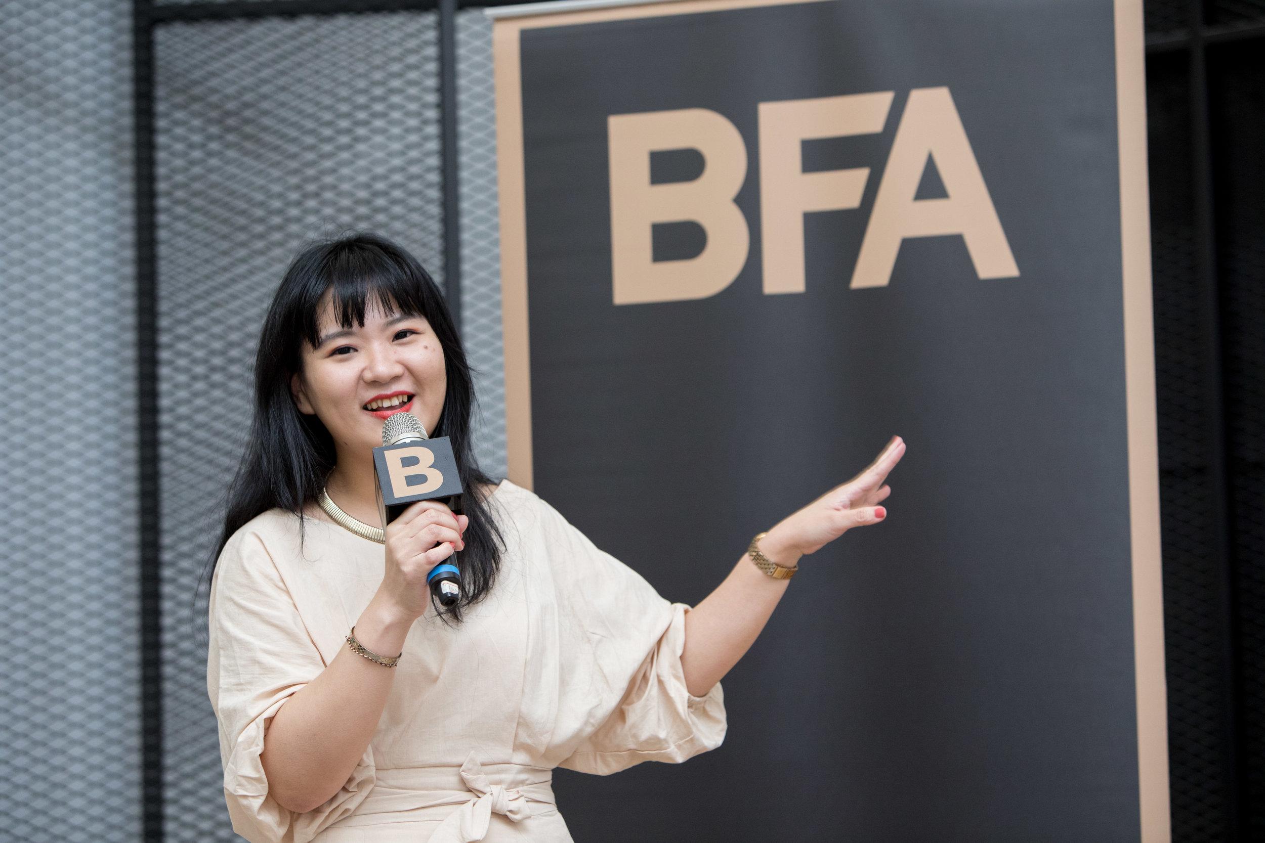 Marie Claire 美麗佳人國際中文版資深整合行銷經理 陳佩婷 Bella:走一趟英雄旅程,回歸最真實的自己