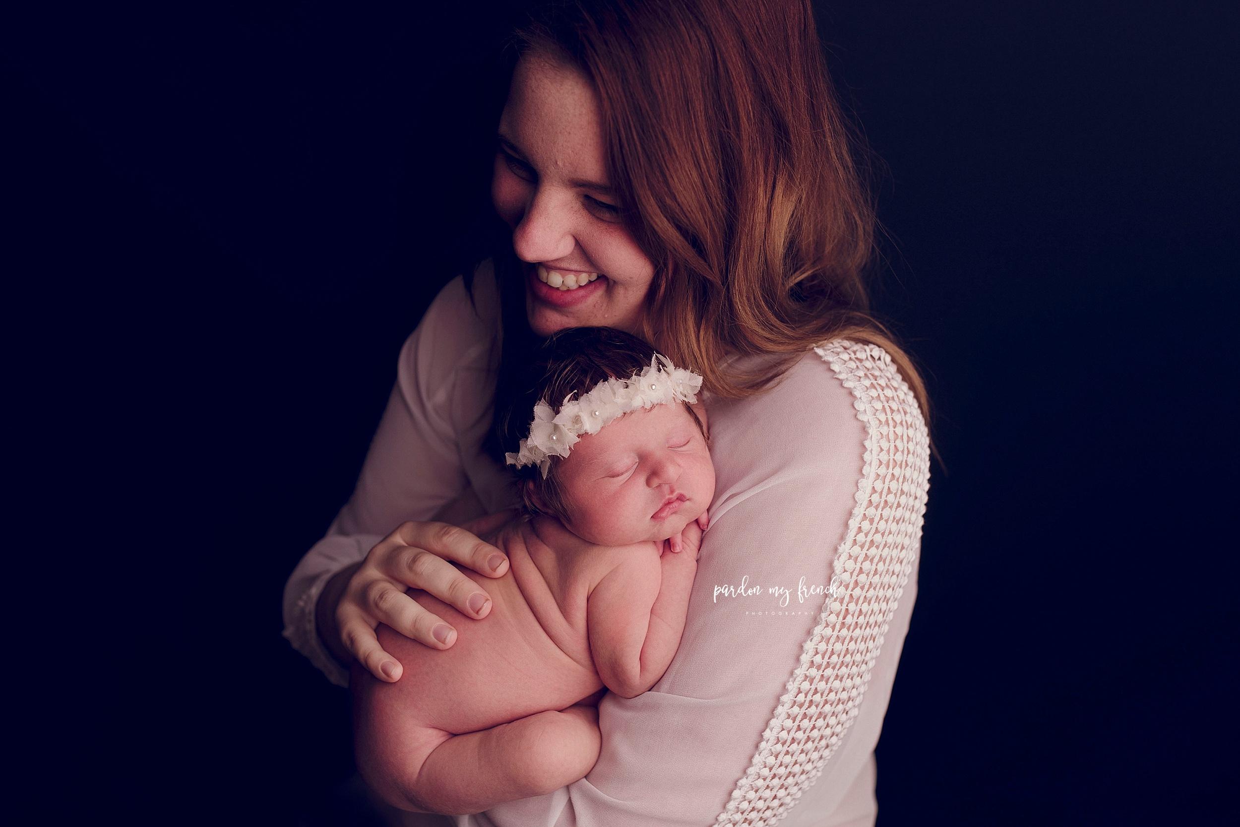 Elodie Newborn 49.jpg