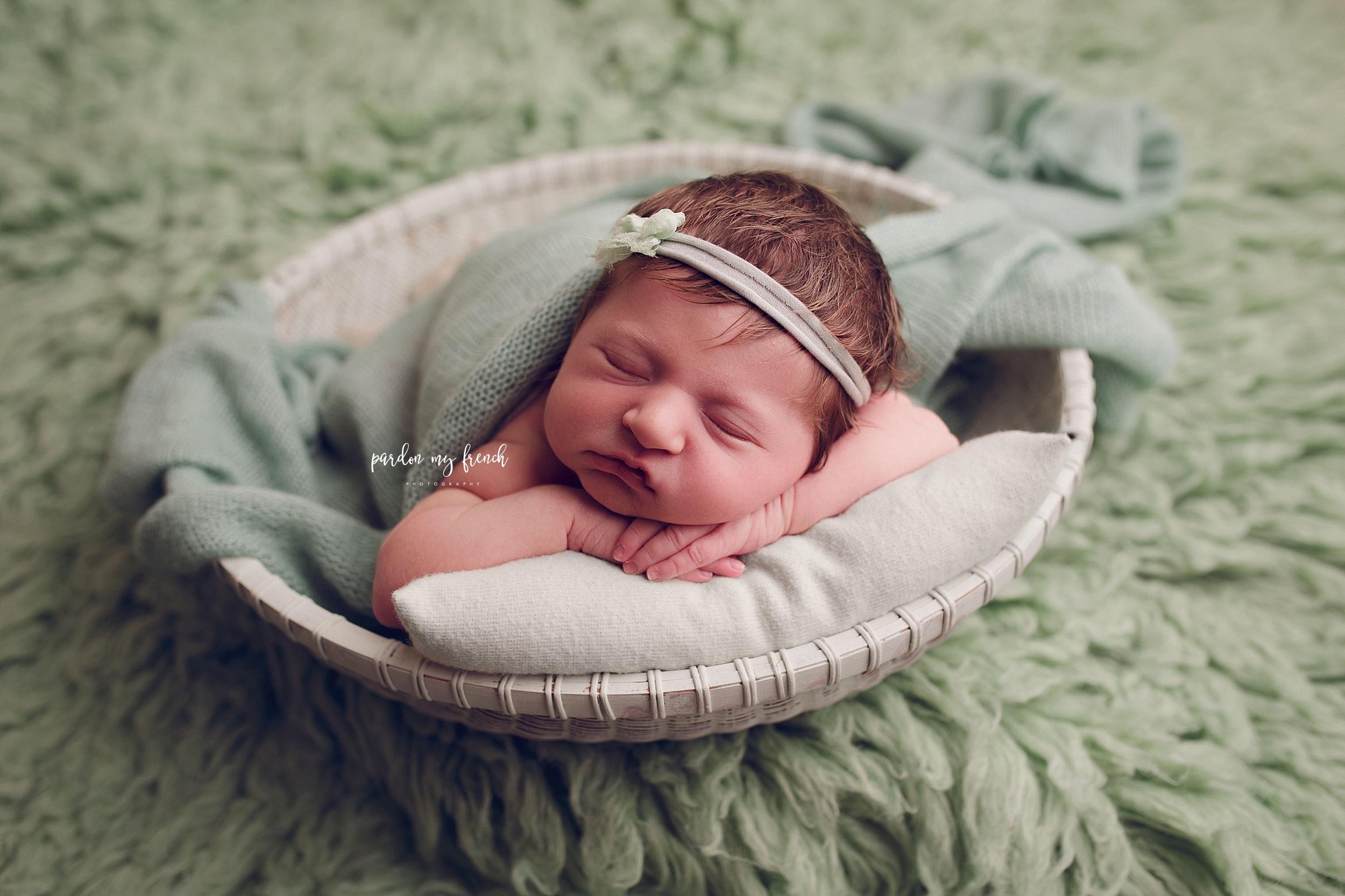 Elodie Newborn 45.jpg