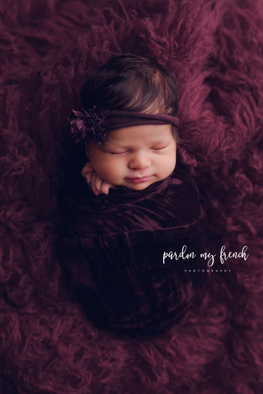 Sofia Newborn 39.jpg