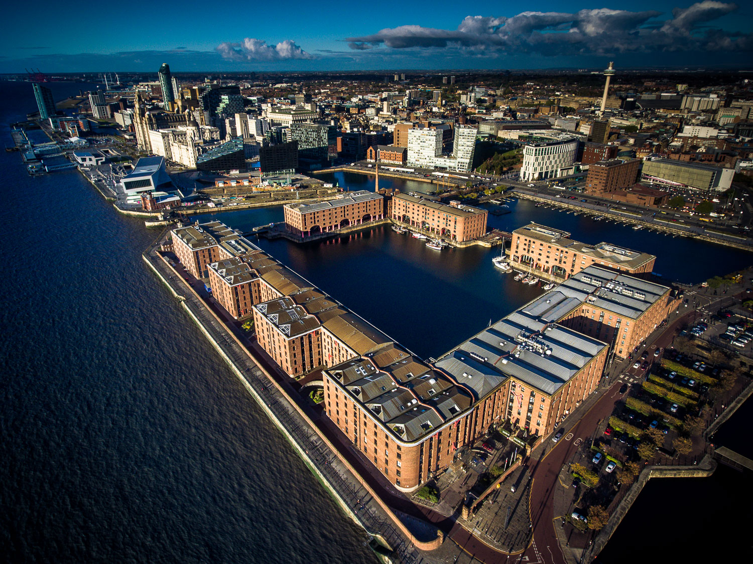 albert_dock_liverpool-1.jpg