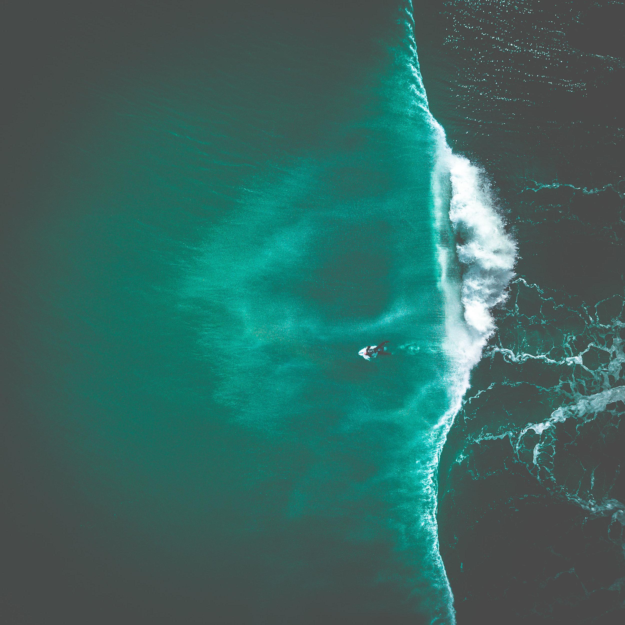 l_muriwai surf-2.jpg